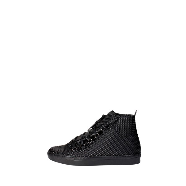 Esclusive Shoes Sneakers Black B2150