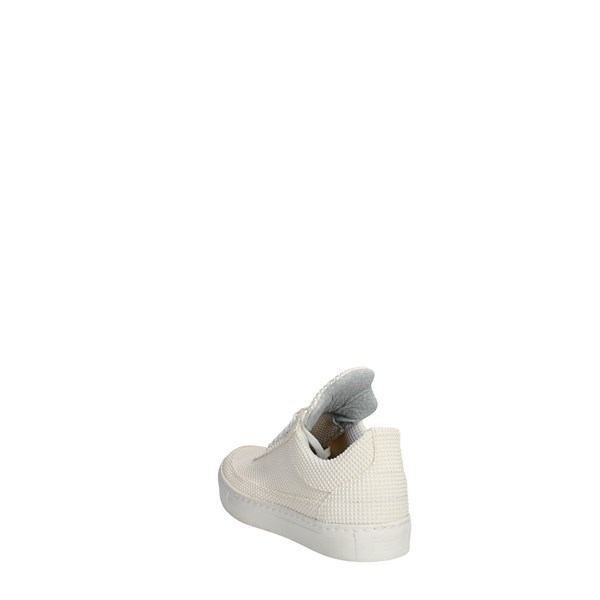 Esclusive Shoes Sneakers White F1200
