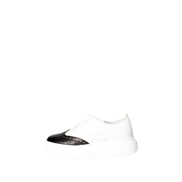 Bronx Shoes Brogue White/Black 65554-D