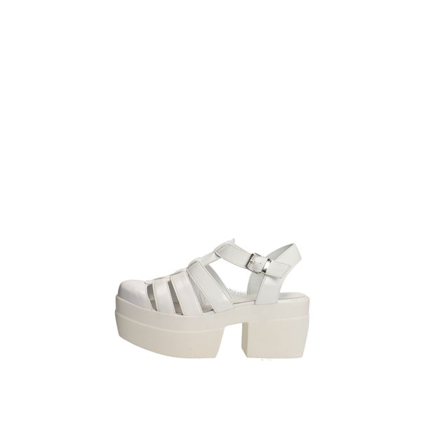 Cult Shoes Sandals White CLE102541