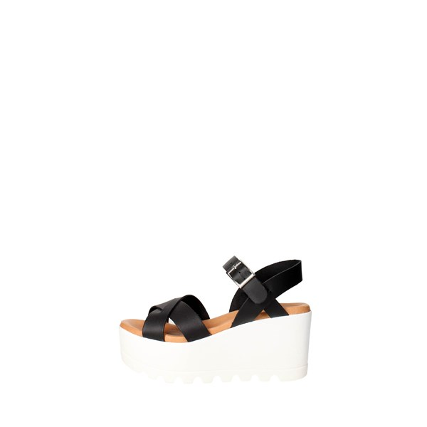 Vittoria Bassi  Shoes Sandals Black 209