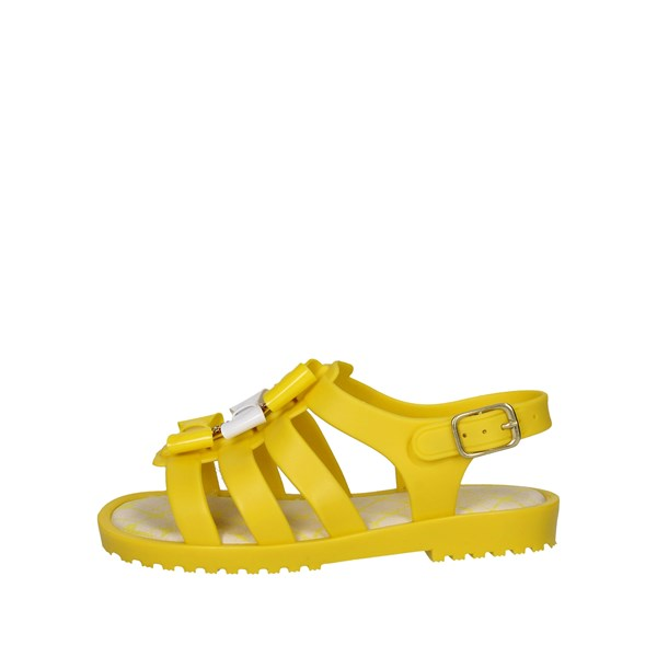 World Colors Shoes Sandals Yellow F132.1502