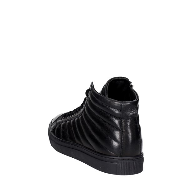Nyon Shoes Sneakers Black 1410