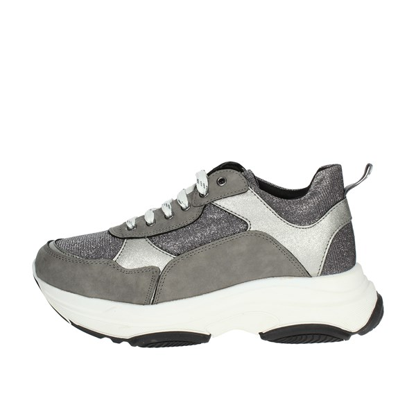 So-us Shoes Sneakers Silver R-520