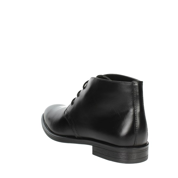 Pregunta Shoes Laced Black IV1663-M 001