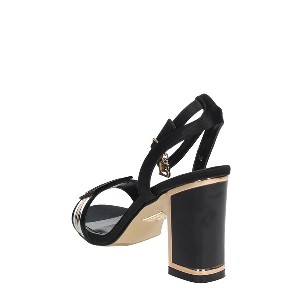 <Laura Biagiotti Shoes Sandals Black 5519