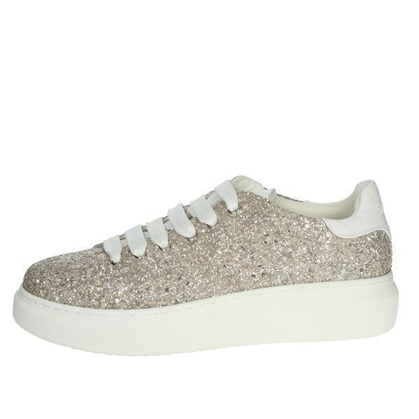 So-us Shoes Sneakers Platinum  R551