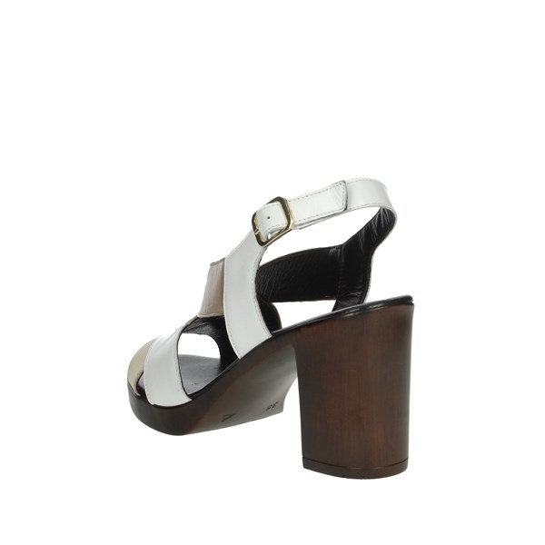 Romagnoli Shoes Sandals White/beige B9E7802
