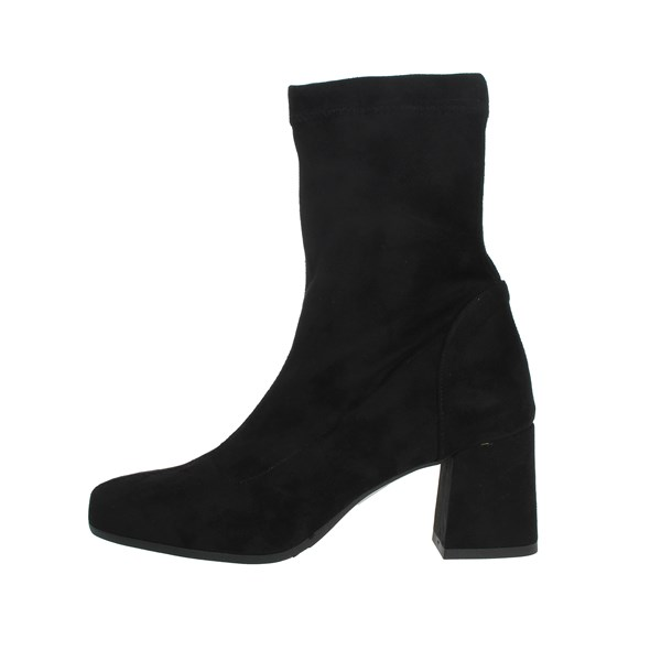 Pregunta Shoes Ankle Boots Black IC8013-C