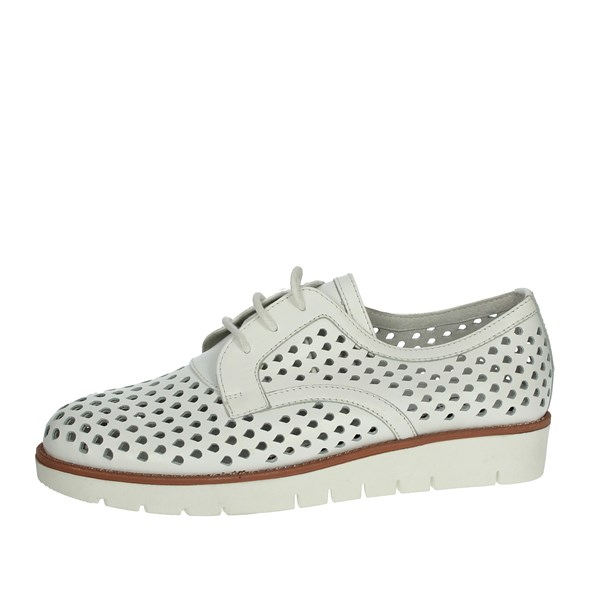 Riposella Shoes Brogue White C245