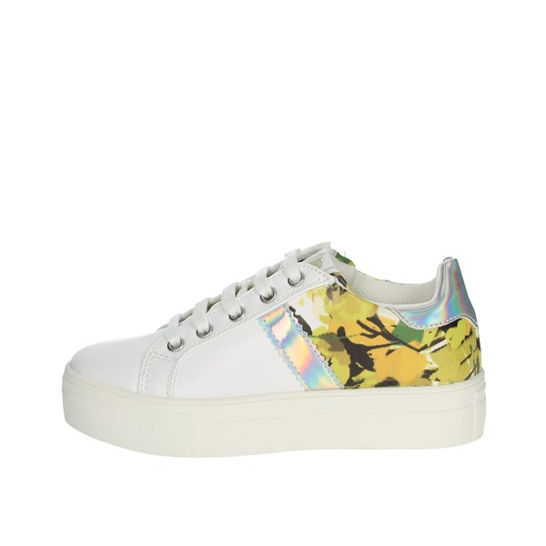Asso Shoes Sneakers White AG-5308