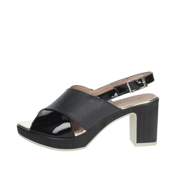 Pitillos Shoes Sandals Black 2023