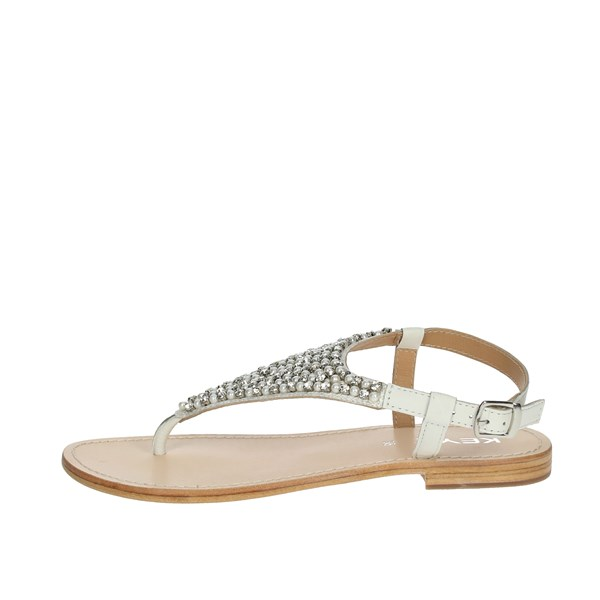 Keys Shoes Flip Flops White K-1706