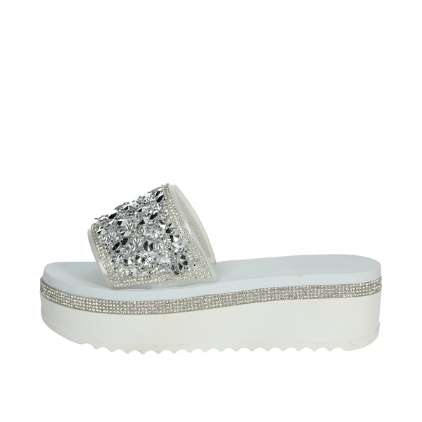 Keys Shoes Clogs White K-1770