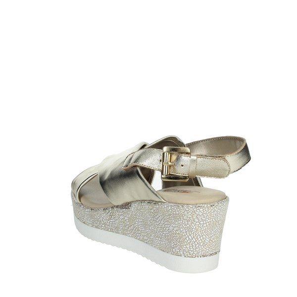 Repo Shoes Sandal Platinum  51529-E0