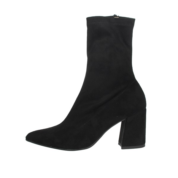 Pregunta Shoes Ankle Boots Black IC9821C