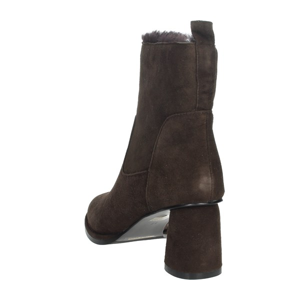 Nina Capri Shoes Ankle Boots Brown IC-138