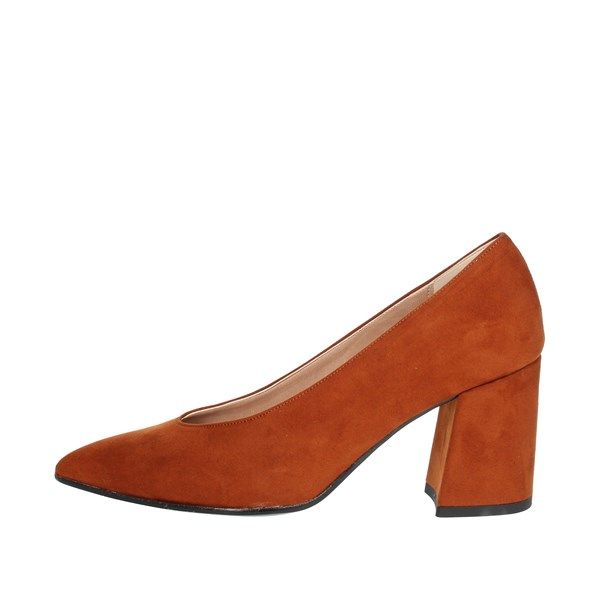 Pregunta Shoes Pumps Brown leather IC9815C